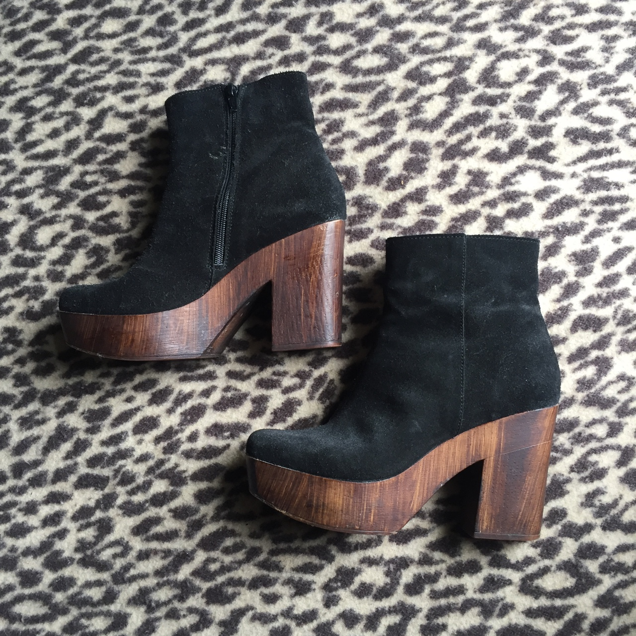 d592260749a TOPSHOP BLACK SUEDE BOOTS WITH WOODEN PLATFORM ...