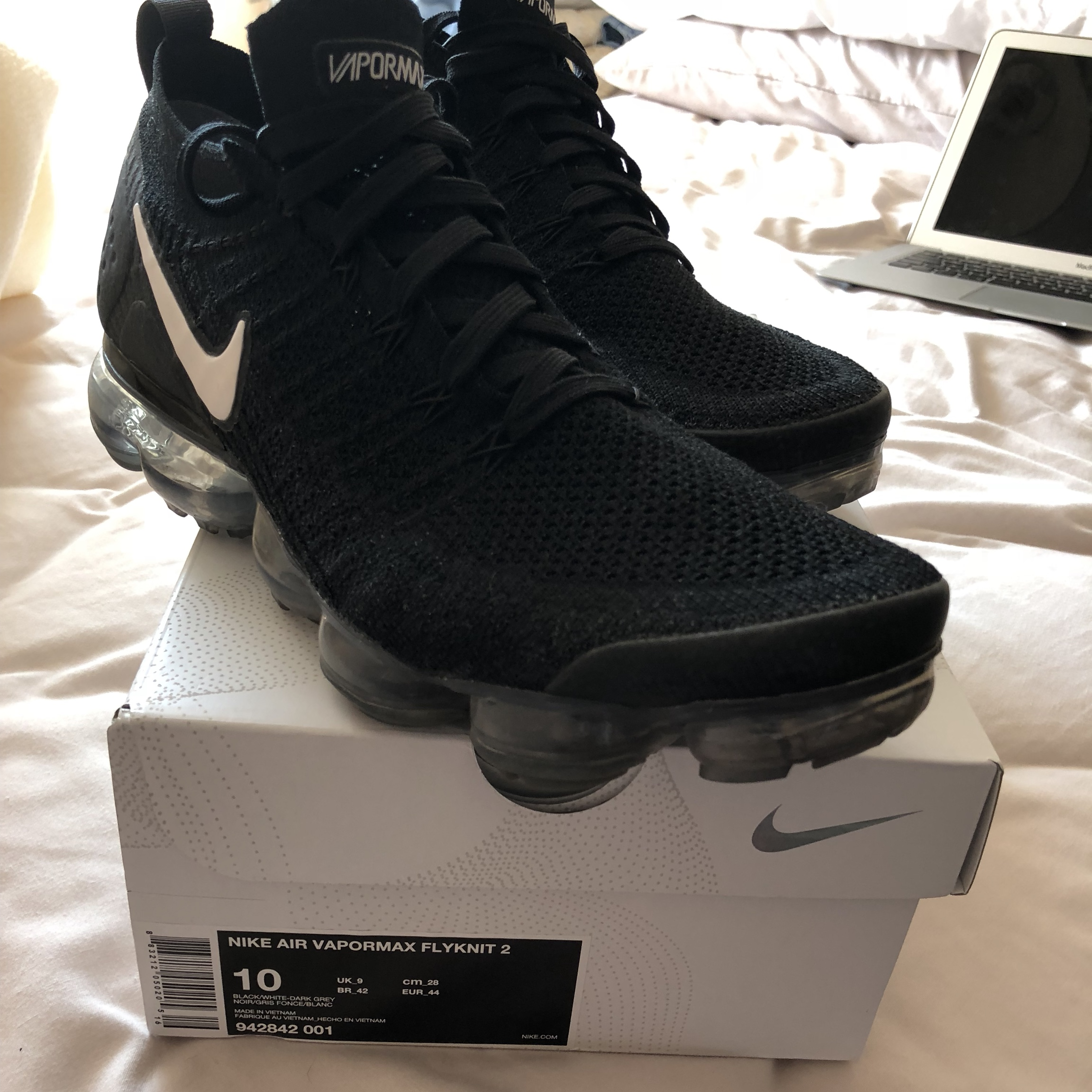 super popular 89a3e 0c734 NIKE air vapormax 2.0 flyknit Black, bought from... - Depop