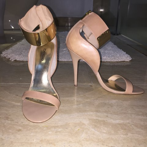 0abf9bd511 @draybie. 4 months ago. Lewis Center, United States. Nude gold cuff bebe  heels. Never worn outside!