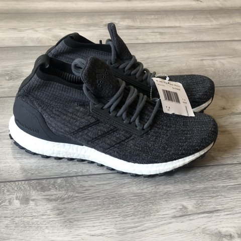 24a322a41171e ADIDAS ULTRABOOST ATR LTD SIZE UK7.5 US8 BB6218 PLEASE IS - Depop