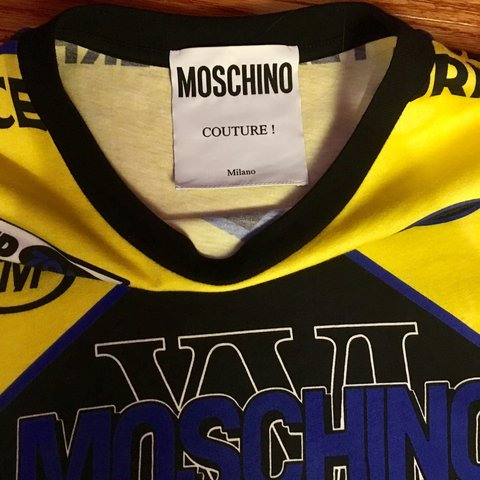 a3c6b6013f0e40 🏴🚩🏁MENS MOSCHINO RACE TEE🚩🏁🏳 SIZE SMALL. Worn once by - Depop