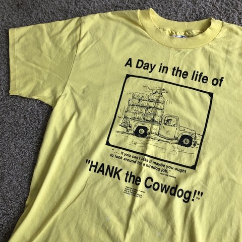 cc9fe9eb7467dd Vintage Hank The Cow Dog Comic Yellow T-Shirt Condition: has - Depop
