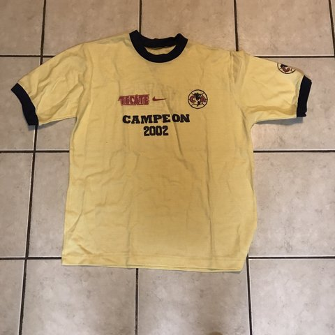 2a2e13984 Vintage Nike America soccer team. T-shirt. No size but and a - Depop