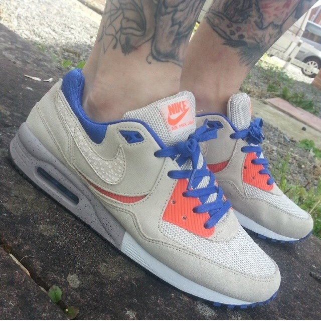 1a33670796 Nike air max light le b uk 7 size exclusive - these don't as - Depop