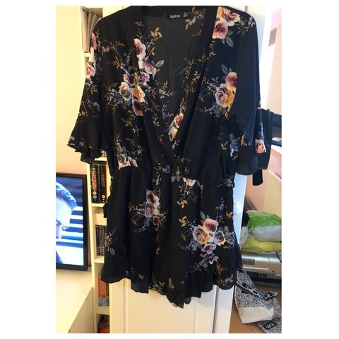 a71ccf92f2 Black Floral Playsuit from Boohoo Size 18 Worn Once £7 - Depop