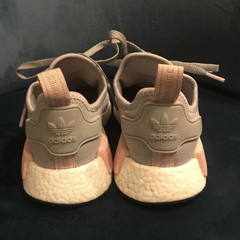 Limited Grey Adidas Depop Nmd Sold OutSize Pink And Edition R1 oxedCB