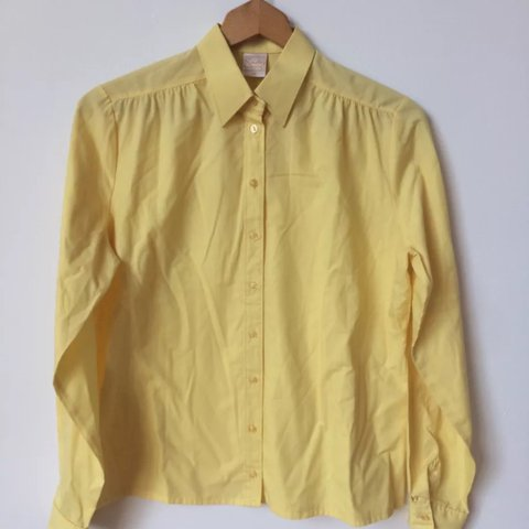 9427d616 @yellowcircus47. last year. Pompano Beach, United States. Excellent yellow  button up blouse.