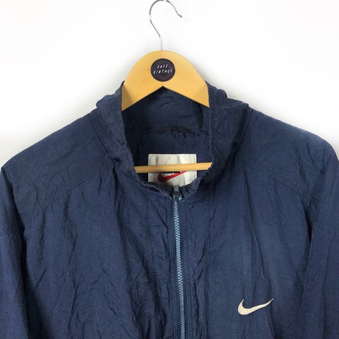 Vintage Nike light jacket ideal for winter. Navy blue colour - Depop ff7543a07