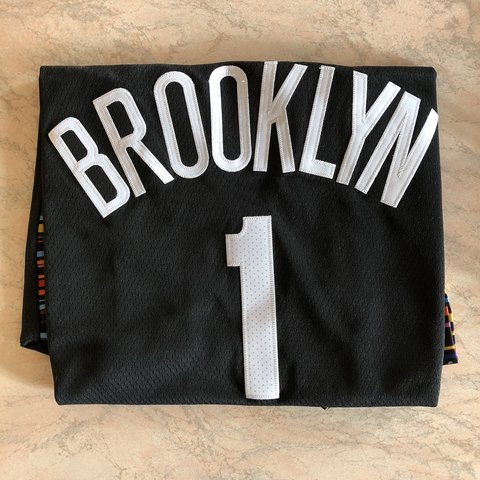 """244b612545a @meromarcone. 2 months ago. Como, Italia. Brooklyn Nets """"Biggie"""" city  edition jersey. D'Angelo Russell ..."""