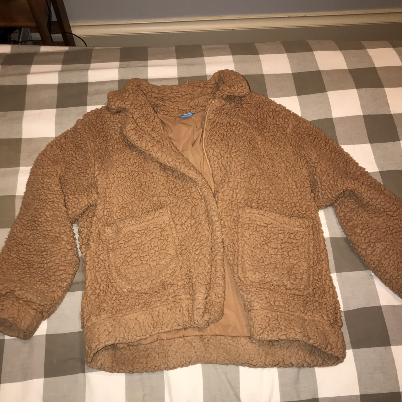 9817a1a2d ON HOLD*** emma chamberlain poopy jacket 2.0