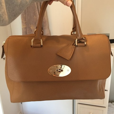 Very good condition Mulberry Del Rey in Deer brown. 100% No - Depop cfce6f94a2bea