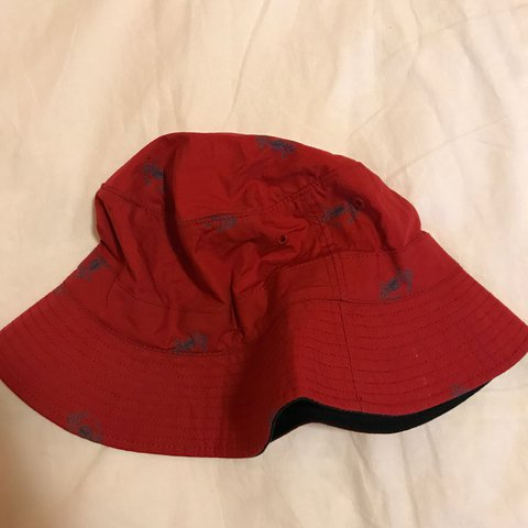 2f7f2948 Ralph Lauren Polo Bucket Hat Red hat with blue crabs Size - Depop