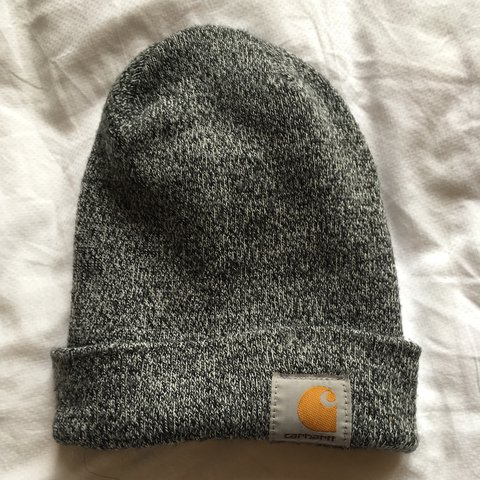 159acce988813 Carhartt winter beanie in a nice light grey. One size fits - Depop