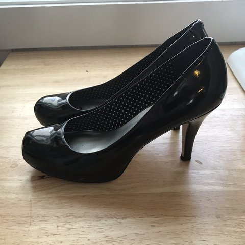 408bcbaff0 @natmhayes. 16 days ago. Traverse City, United States. Cute Madden Girl  black pumps! Worn quite a lot with some ...