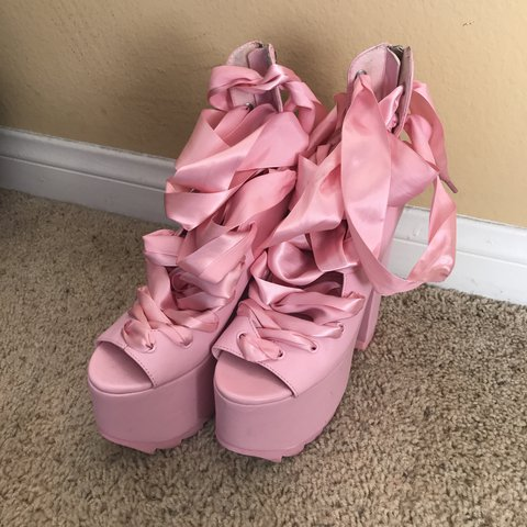 c67550bc921 YRU Ballet Bae s in  pink! Only worn once