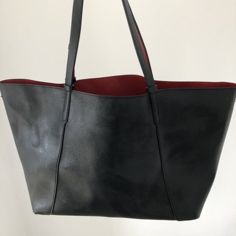 093c20dcae @smd7. 8 months ago. Sittingbourne, United Kingdom. Women's large tote bag  from Zara Black faux leather ...