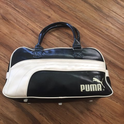 9686295c7f8c Vintage leather Puma gym small duffle bag. Good condition