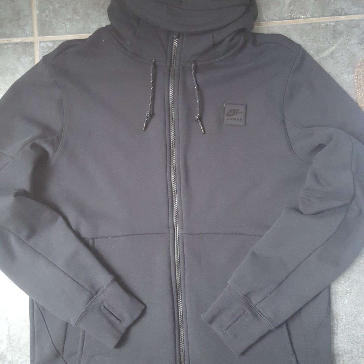 Men s large nike hoodie hoody. Worn once paid £70 10 10 no - Depop e83d24a52