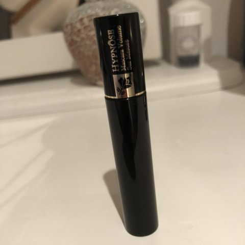 5c1d119933d @chloesifleet. 2 days ago. Romford, United Kingdom. Lancôme Hypnose Black mini  mascara.