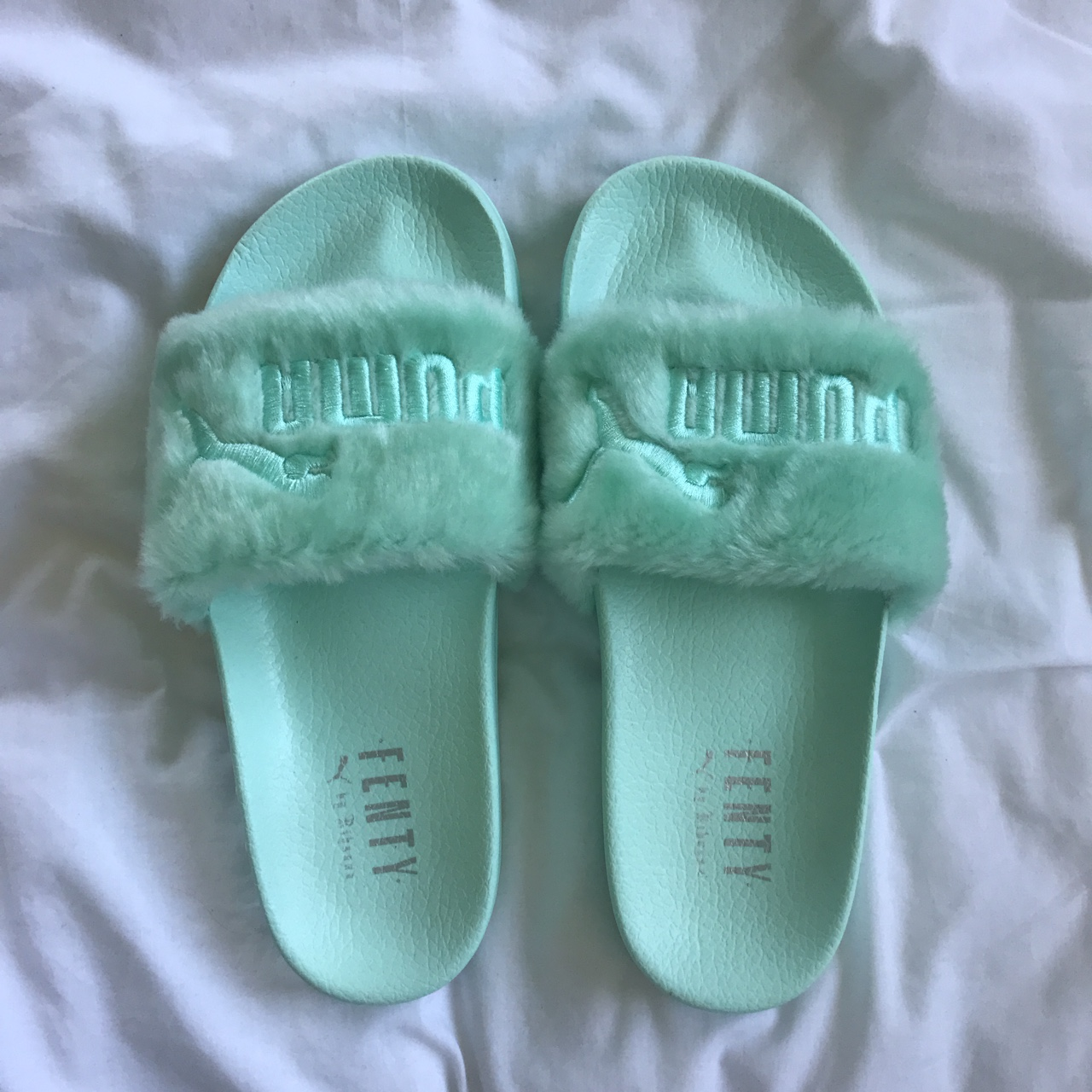 newest d51f8 daa12 NEVER WORN IN BOX Mint green PUMA Fenty slides - Depop