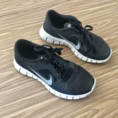 f49243d6fb91c Nike • Black Free Run 3 Disclaimer  these are size 3.5 in a - Depop