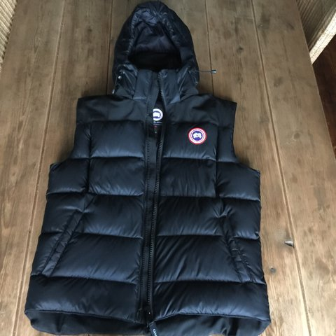 canada goose hooded gilet