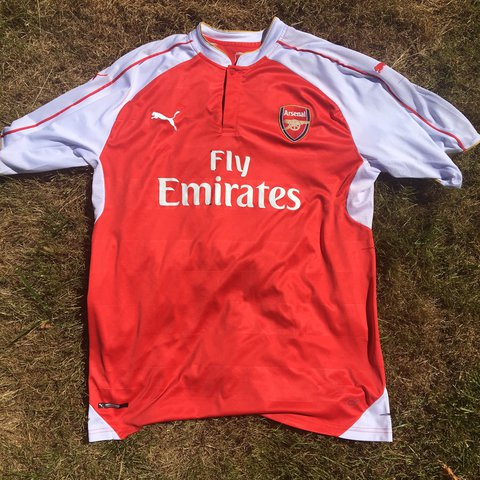 190f731839d Arsenal Alexis Sanchez Jersey 15 16. Size XL. Good Quick to - Depop