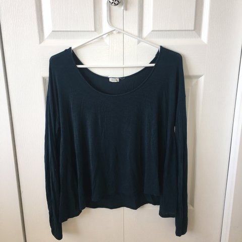 b6ddff06e8463 Store  Garage Size  XS (fits up to a Medium and maybe a it s - Depop
