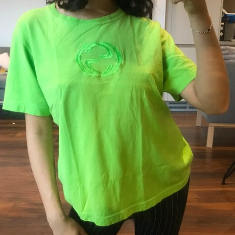 Vintage Gucci neon lime green short sleeve t shirt with ⭐ - Depop 6984b4161
