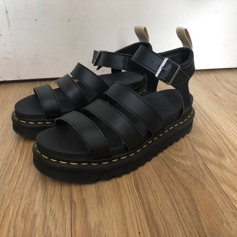 72a28e0b5939 Doc Marten Blaire Sandals size 7 In really good condition! - Depop