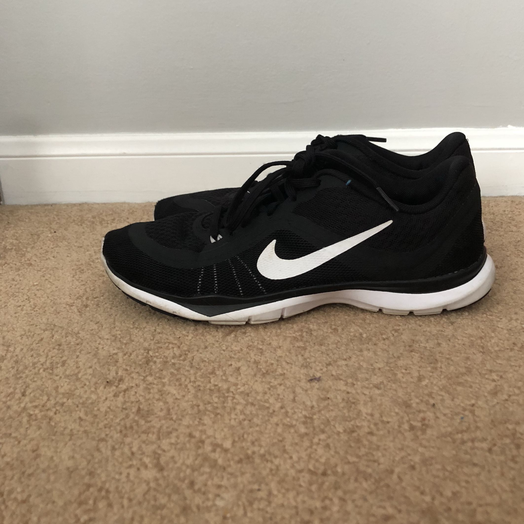 premium selection 2ccda 6b88c VERY GENTLY USED NIKE FLEX TR 6. Size 8.5 very comfy ...