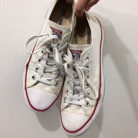 1c244ae6292a price  26➡  20 just a classic pair of white converse! you a - Depop