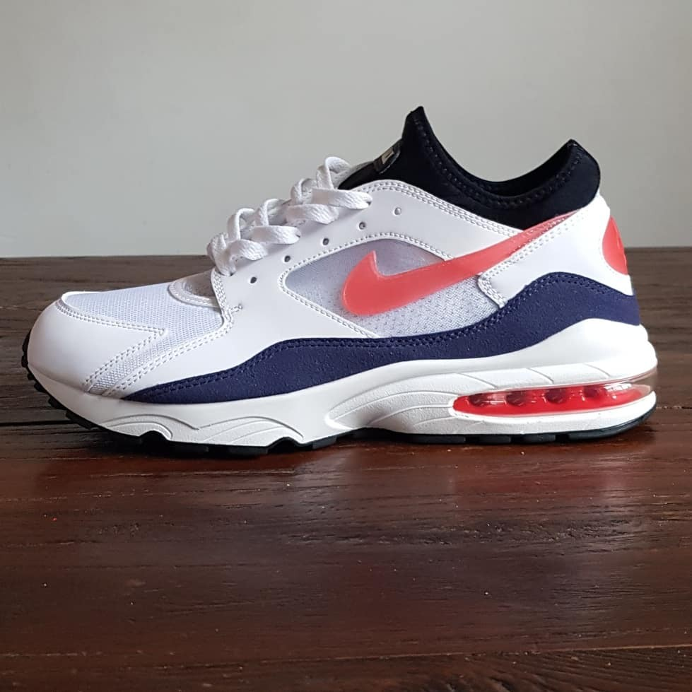 Nike Air Max 93 Habanero Red </p>                     </div>   <!--bof Product URL --> <!--eof Product URL --> <!--bof Quantity Discounts table --> <!--eof Quantity Discounts table --> </div>                        </dd> <dt class=