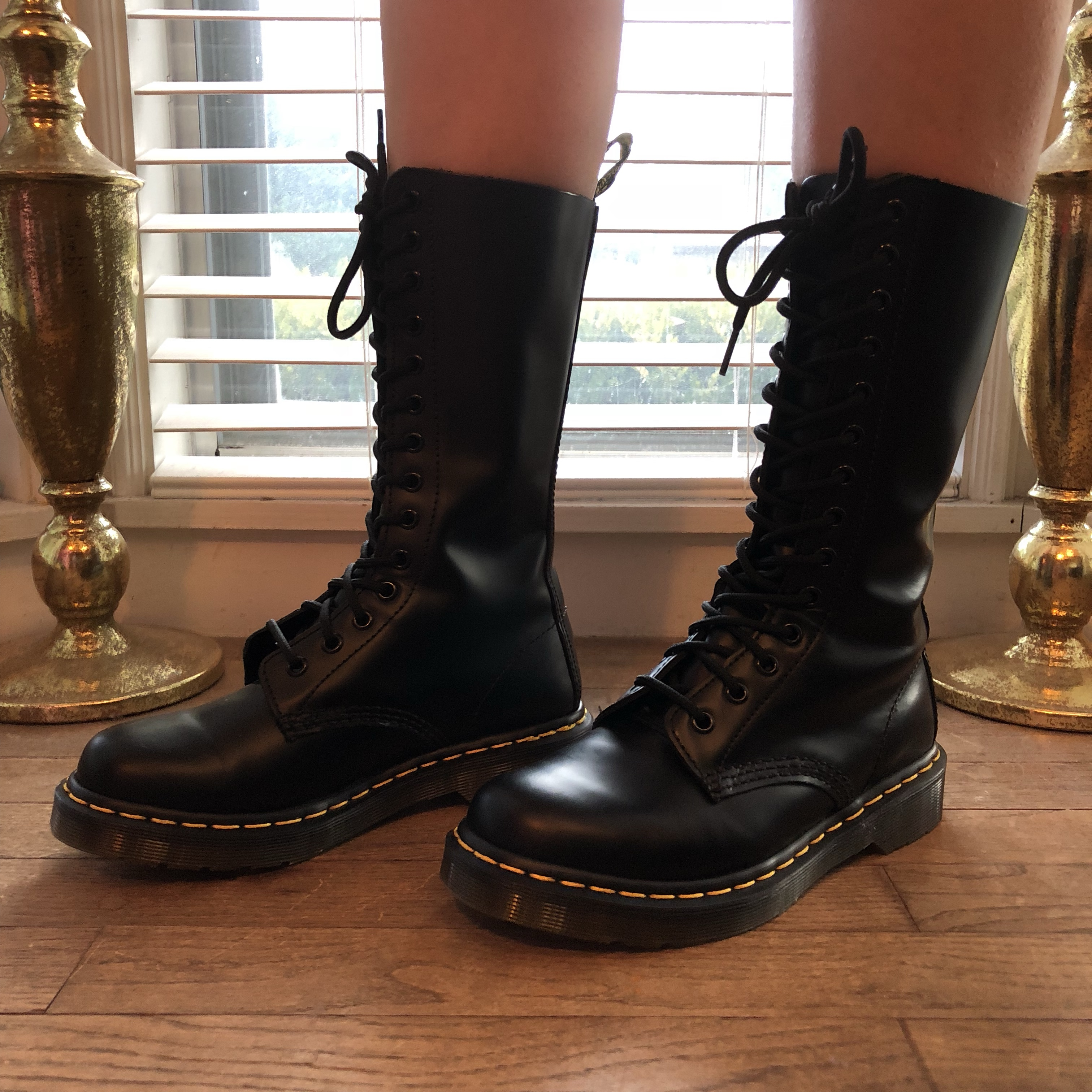 huge selection of ff53f 4677e Women's Dr Martens 1914 smooth black in perfect... - Depop