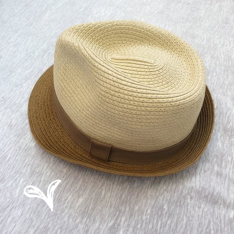 c20bfc74e6eaa Two toned fedora hat -in excellent used condition -one size - Depop