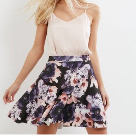 Clothing, Shoes & Accessories Skirts New Look Size 12 Floral Skater Skirt
