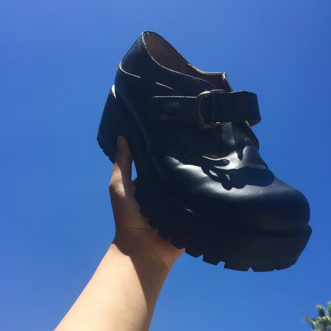 21088a4ac49 🖤sold🖤 Black platform shoes!!⭐️They have cute little on to - Depop