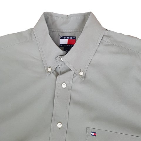 aac9cdc0 @droptheneedle. last year. Birstall, West Yorkshire, United Kingdom.  Vintage tommy hilfiger short sleeve shirt ◾ khaki green ...