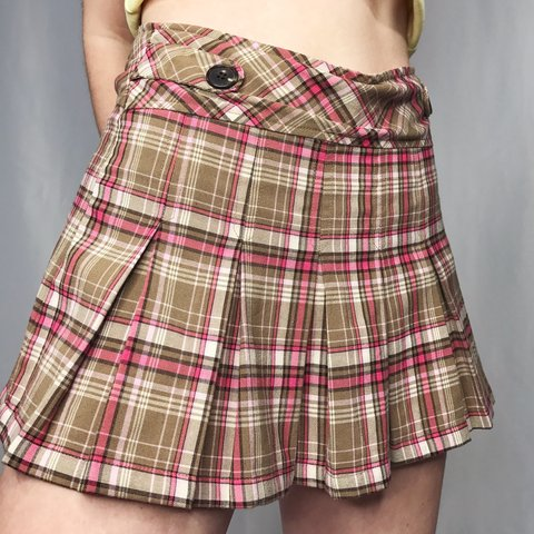 b07d705be @braintumor. 5 months ago. Rochester, United States. Y2K AF PLEATED SCHOOL  GIRL MINI SKIRT ...