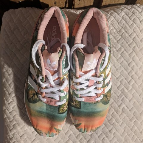 4549f9113df14 limited edition adidas zx flux trainers really good with for - Depop