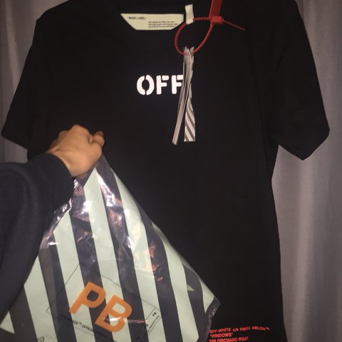 51ad7876 @jeastley. last year. South Brent, United Kingdom. Off white t shirt Off  white tee ✅ Brand new black tee with tags ...