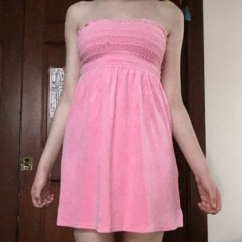 f0d919f8c8773 @latkeboi. 6 months ago. San Francisco, United States. strapless Pink Juicy  couture cover up dress. Mad of soft ...