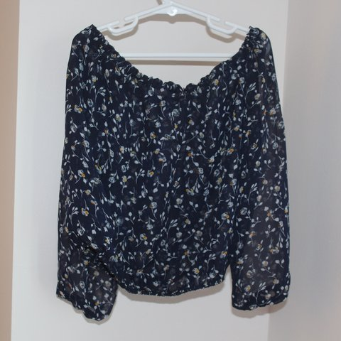 d2f56654cdd @zoe718. 20 days ago. New York, United States. rare floral maura top from brandy  melville!!!
