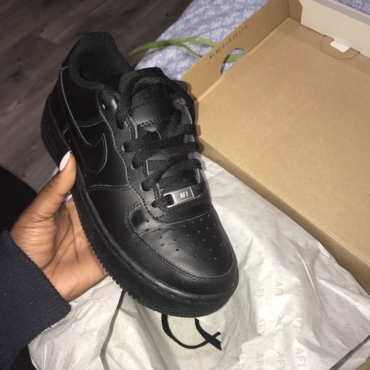 Size 3 Black Air Force Crease in the