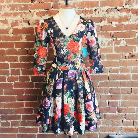 f4d3fa1e083d FX Missony Vintage Floral Print Dress ✨ Vintage condition