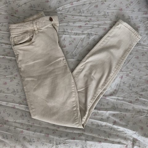 d5f801886084b forever 21 cream high waisted skinny jeans, barely used, no - Depop