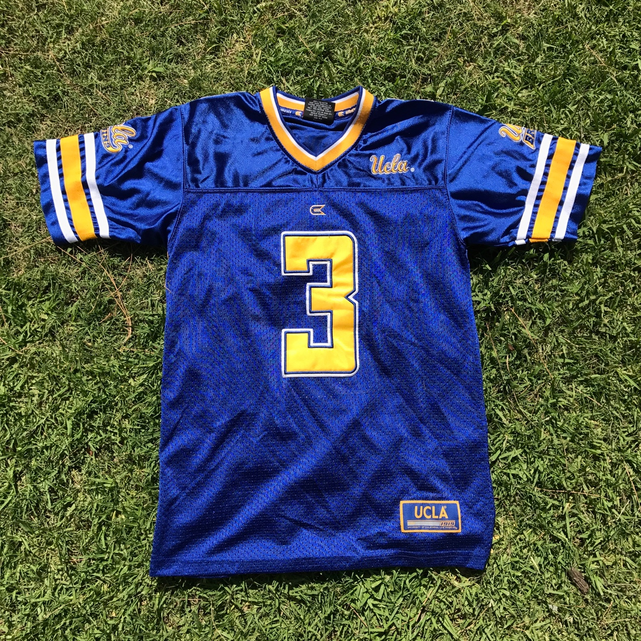 pretty nice 6d243 e0e42 UCLA Bruins Football Jersey. RARE! Youth L. Great... - Depop