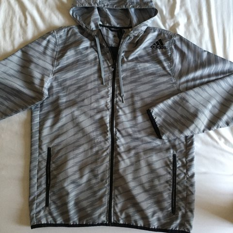 0e1f339949890 ADIDAS runners windbreaker.  very thin