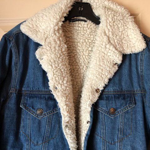 643be29fc167 BRANDY MELVILLE FUR LINED JEAN JACKET!! In perfect condition - Depop