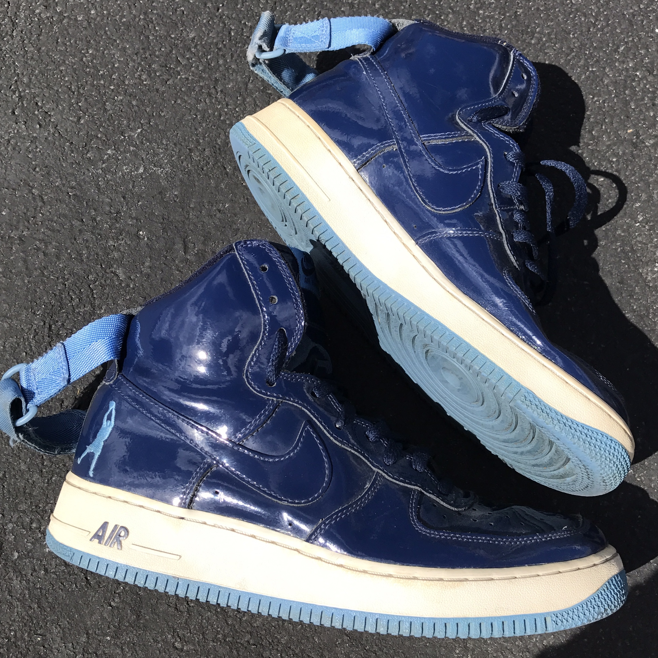 newest d4545 07ffc blue and white nike air force 1 high tops. size 9... - Depop